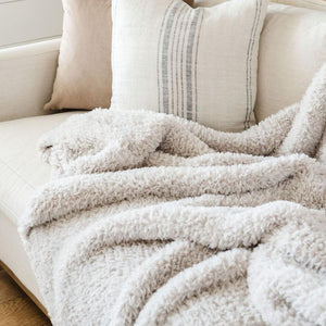 Saranoni Cloud Burst Knit Faux Fur XL Throw