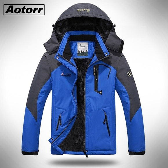 Men Winter Parkas Outdoor Hiking Thick Coat Mens Thermal Windbreaker Male Camping Skiing Sport Jacket Waterproof Windproof