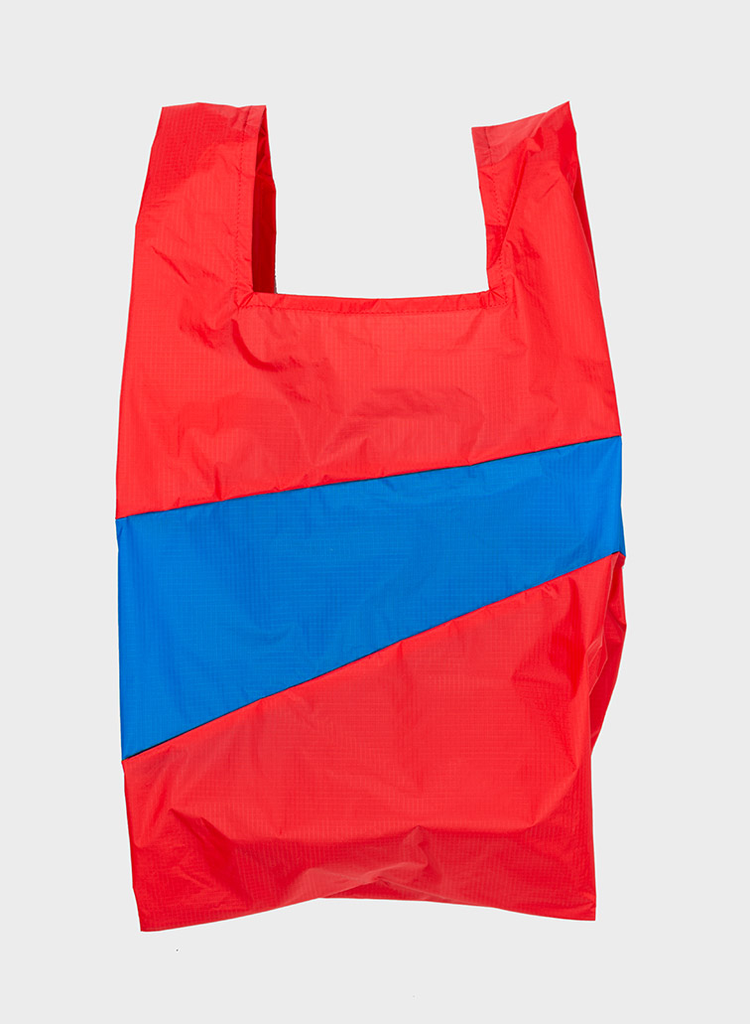 susan-bijl-shopping-bag-redlight-blueback.jpg