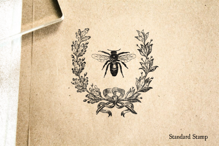 Bee Wreath Rubber Stamp