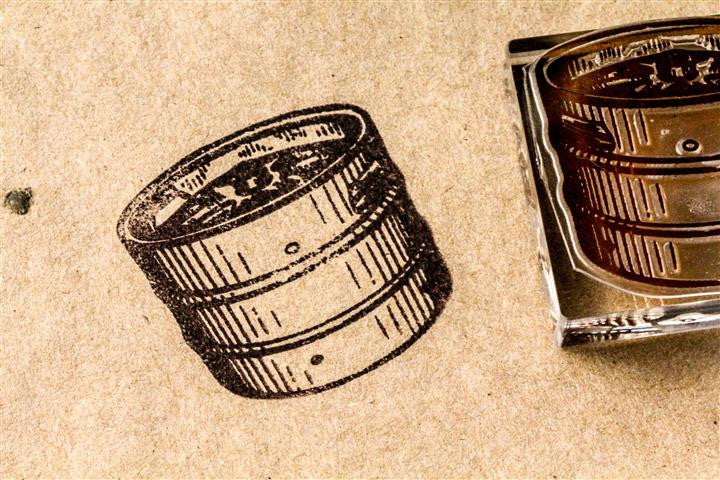 Half Barrel, Classic Wooden - 2 x 2 Inch Stamp
