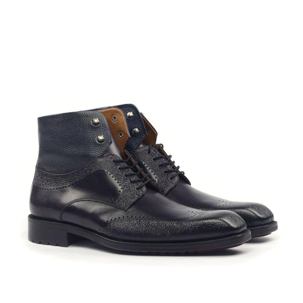 ENGRAVED WINGTIP CHUKKA BOOT