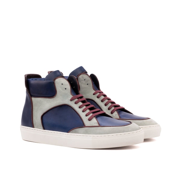 Modelo High Top Sneakers