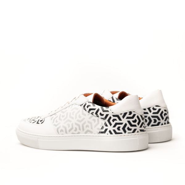 Troy Low Top Sneaker