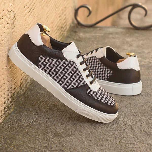 VG Low Top Sneaker
