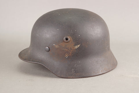 Luftwaffe M40 single decal helmet.