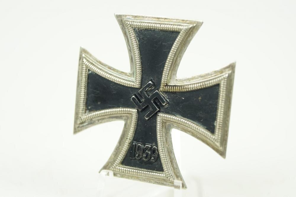 "Iron Cross 1. Class ""Eisernes Kreuz 1. Klasse"".  WW2 German"