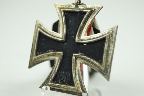 "WW2 German Iron Cross ""Eisernes Kreuz"" 2. Class. Maker Marked 25"