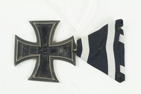 "WW1 German Iron Cross 2. Class ""Eisernes Kreuz 2. Klasse"" Maker ""FR"" or ""FV"""