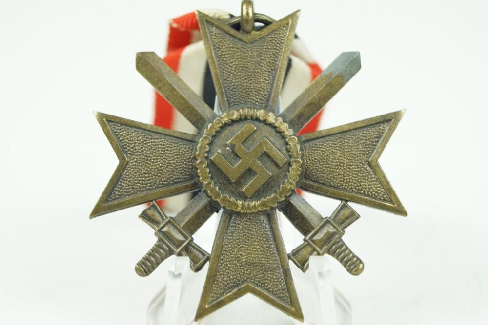 "WW2 German Kriegsverdienstkreuz w. Swords. Maker ""65"" - Nordic-Militaria"