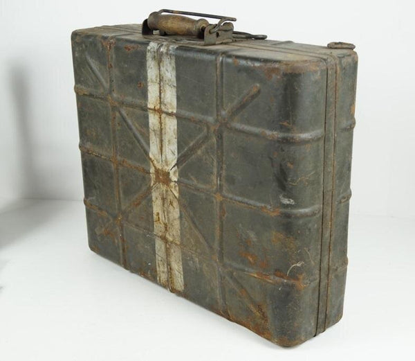 M39 Nebelhandgranaten (Smoke grenades) Box. WW2 German
