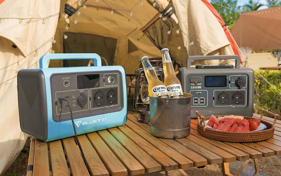 Bluetti_EB55_Power_Station_charging_in_vanlife