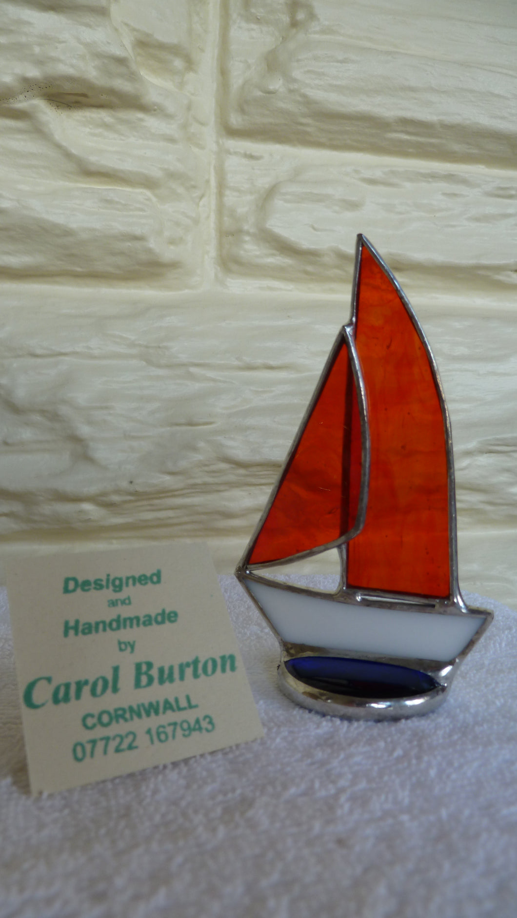 Burton, Carol - Little Yacht (bright orange/red)