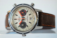 Load image into Gallery viewer, Breitling Chrono-Matic Re. 2110