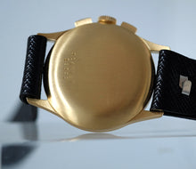 Load image into Gallery viewer, Universal Genève Compax from Henrique Pfeffer Caracas in Yellow Gold