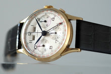 Load image into Gallery viewer, Gallet Triple-Date Chronograph in Yellow Gold