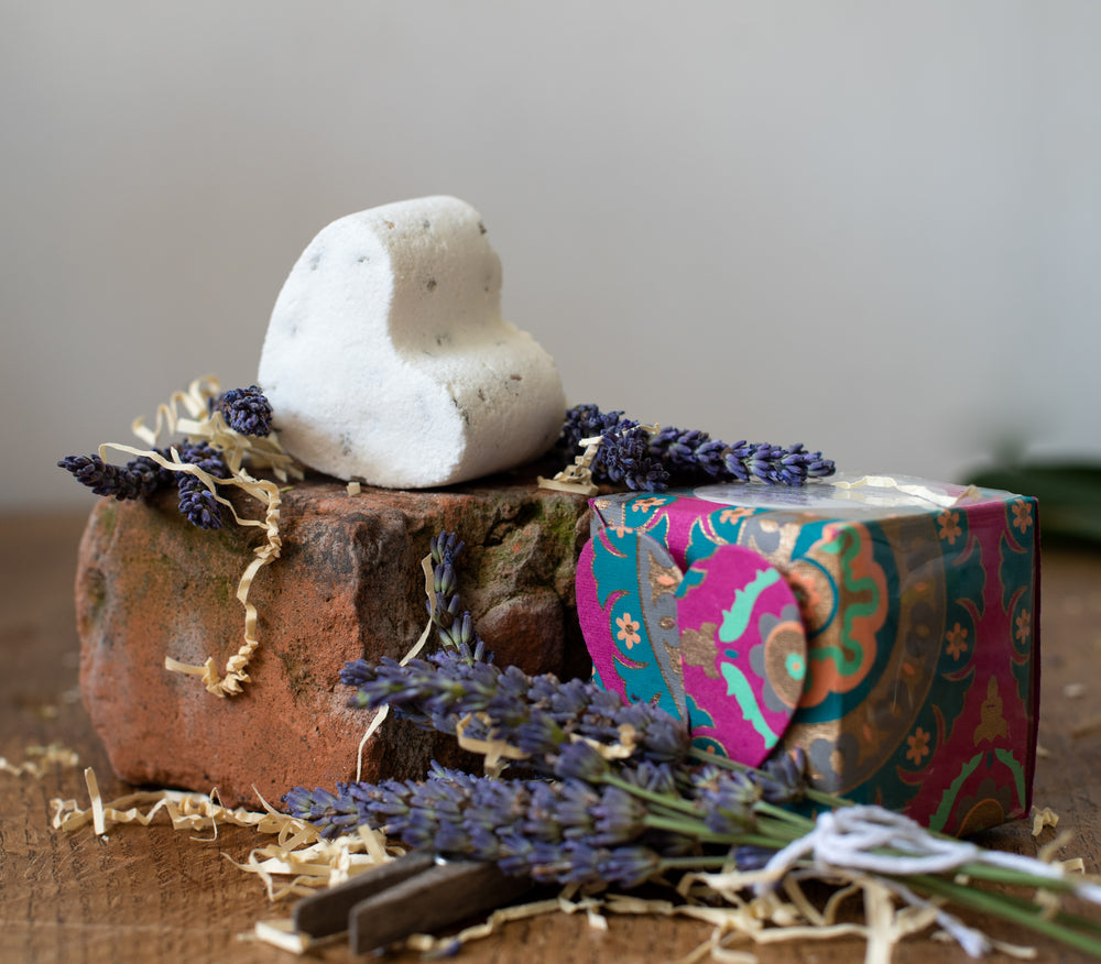 Load image into Gallery viewer, Sweet Lavender Bath Bomb