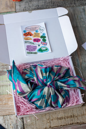 Load image into Gallery viewer, Mothers Day Honeystreet Handmade Box