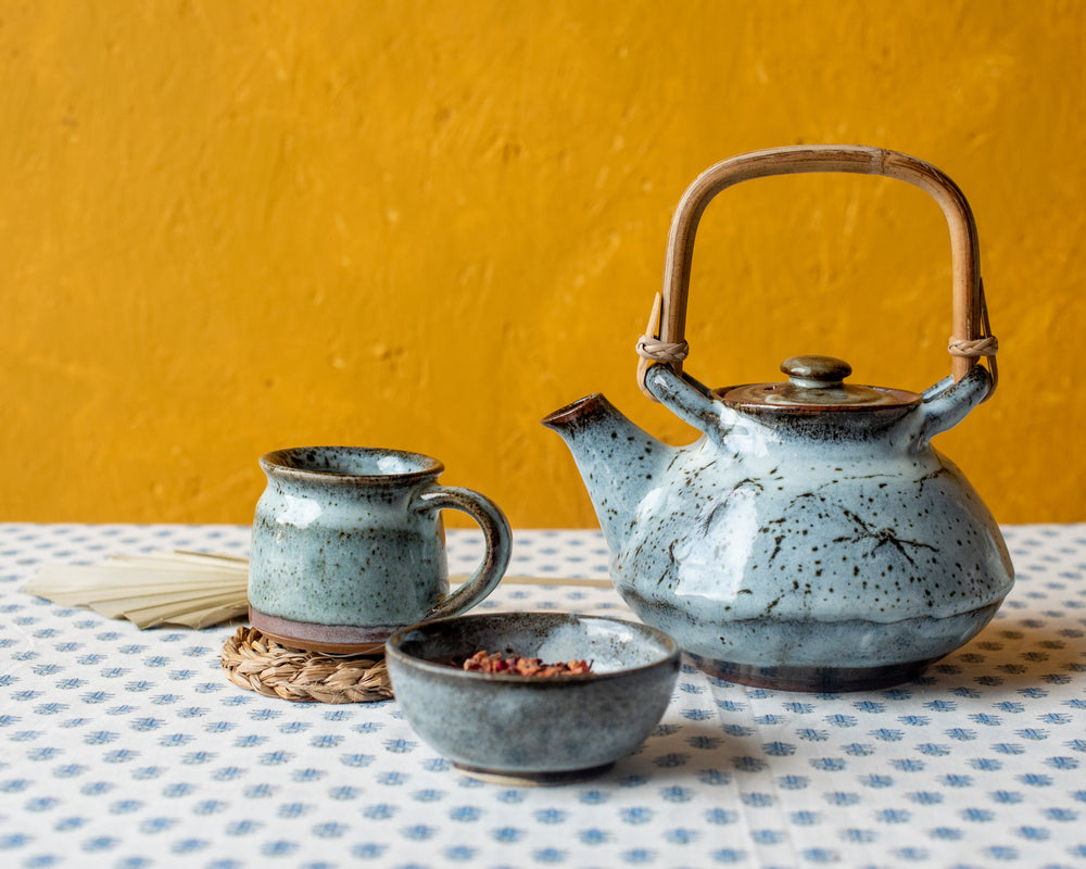 Load image into Gallery viewer, Blue Bamboo Teapot