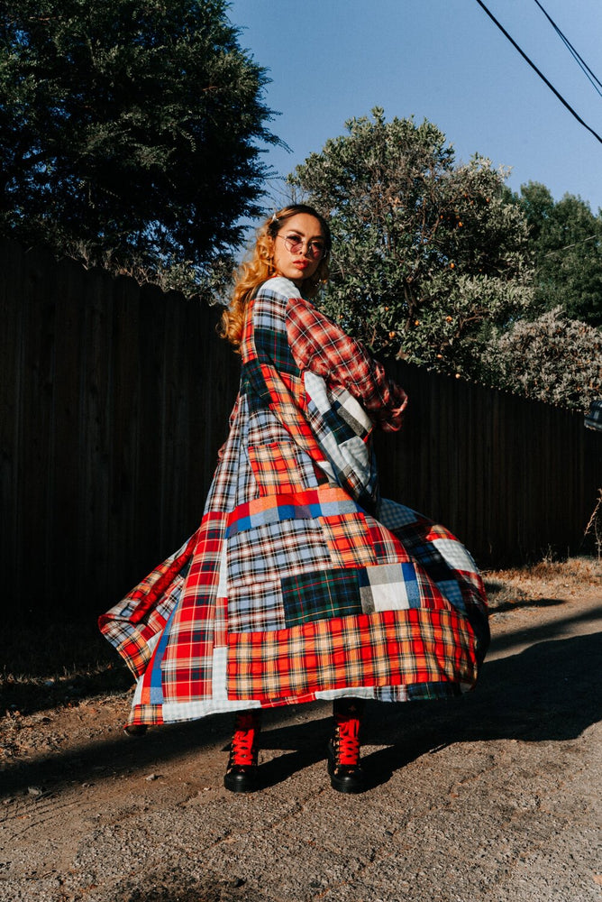 Load image into Gallery viewer, Plaid Robe