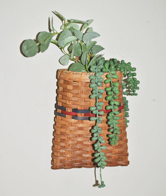 Amish flower wall hanging basket