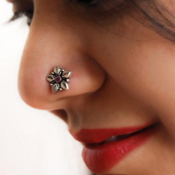 Anum Nose Pin-Zilver Craft