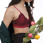 Load image into Gallery viewer, the sweet kisses padded bralette in maroon