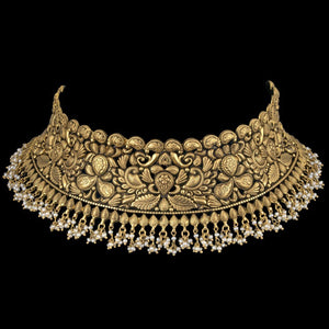 Masterly Gold Choker