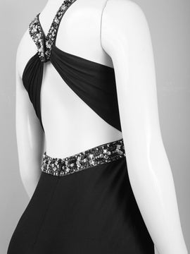 Decode Neckline and keyhole dress with twisted strap