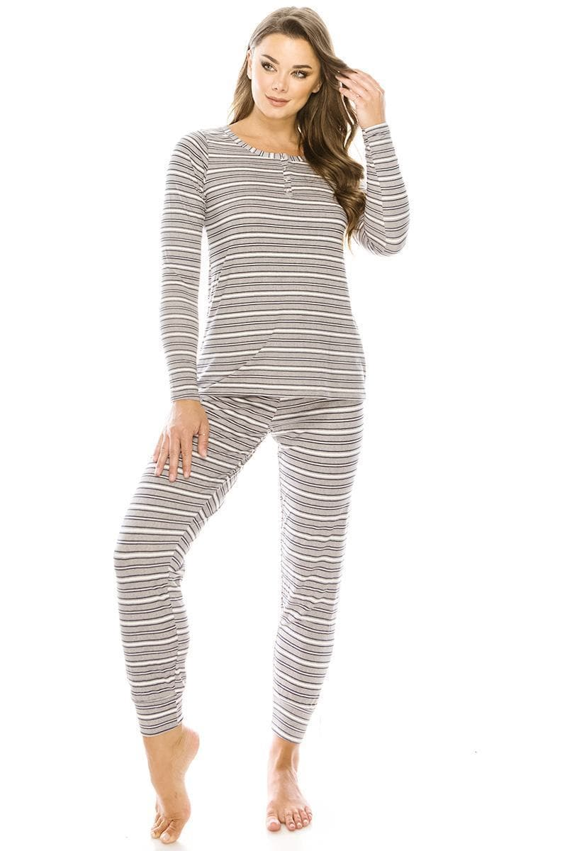 Pajamas for sick women.