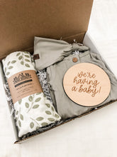 Load image into Gallery viewer, Newborn Bundle Set | Leaf Style