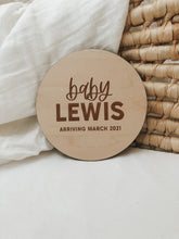 Load image into Gallery viewer, Custom Pregnancy Announcement Sign | Modern Style