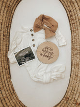 Load image into Gallery viewer, Pregnancy Announcement Sign