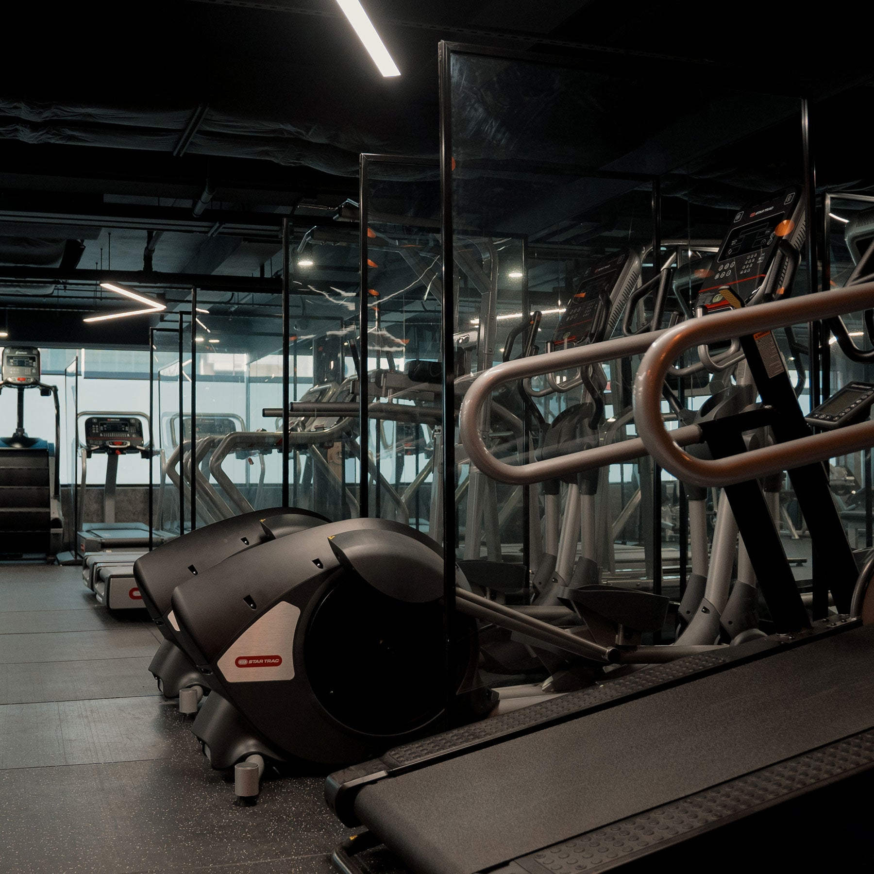 1 month gym membership. no contract. no joining fees. unlimited access. The Vault Sheung Wan.