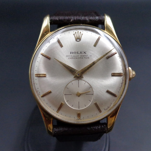 Rolex 3540 Officially Certified Chronometer in 18K yellow gold and caliber 1200