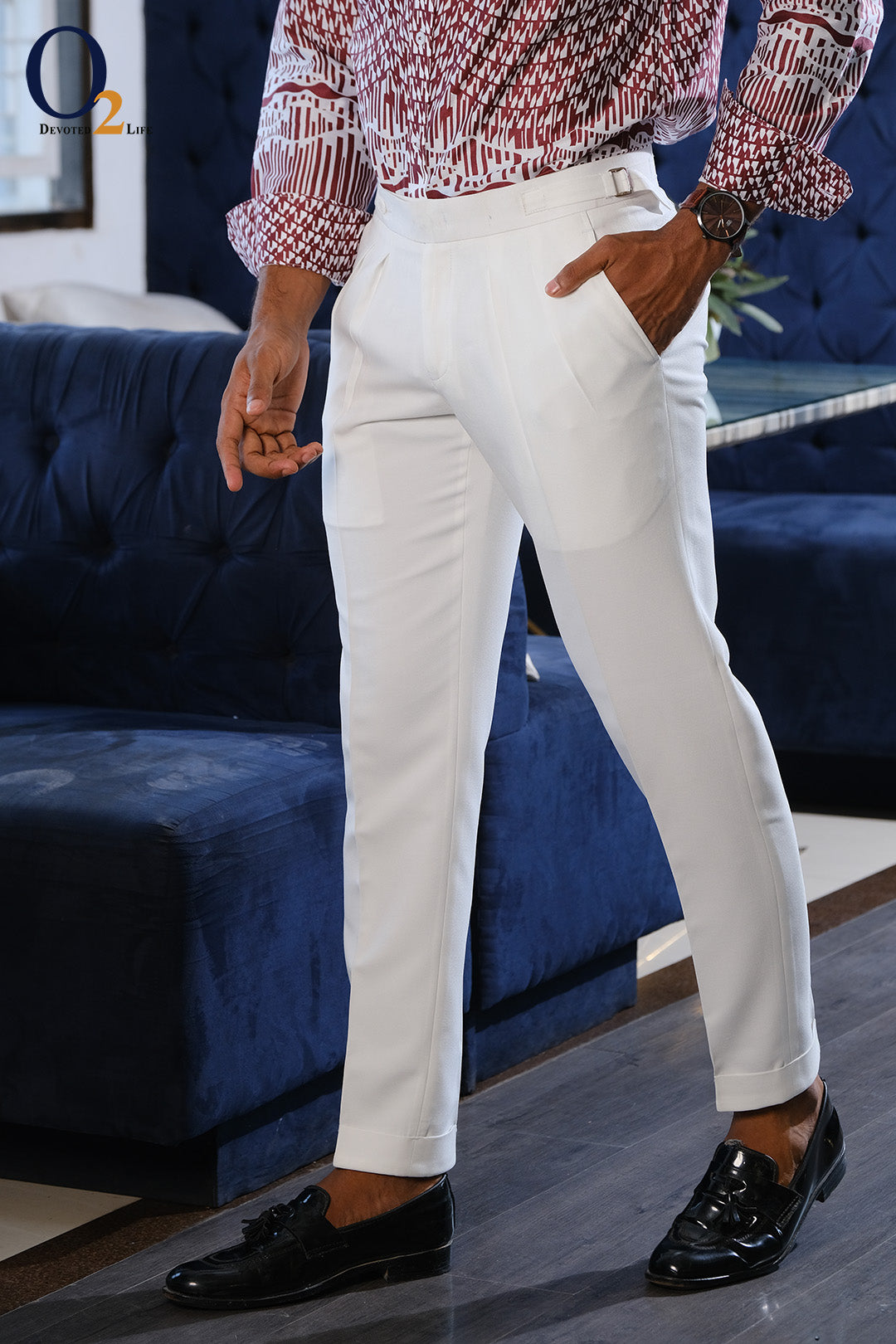 Tile Plated White buckle Pant
