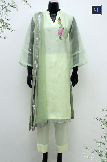Muslin Kameez With Pearl Zardozi Work