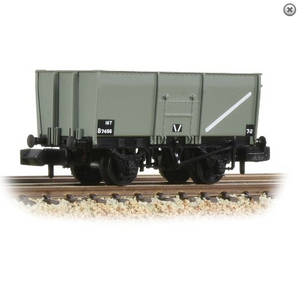 Graham Farish 377-450C 16T Steel Slope-Sided Mineral Wagon Riveted Side Door BR Grey (Early) N Gauge