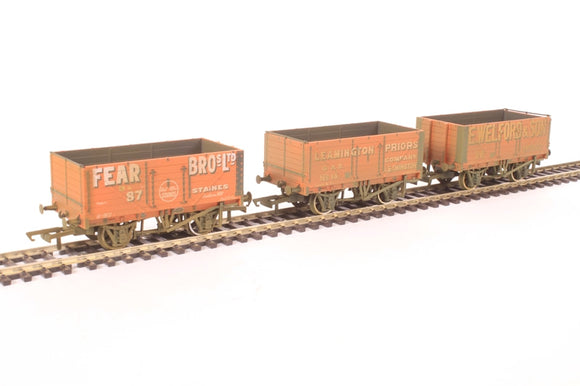 OR76MW7029 3 Pack 7 plank wagons - Fear Bros 87- Leamington 14 - Welford 38