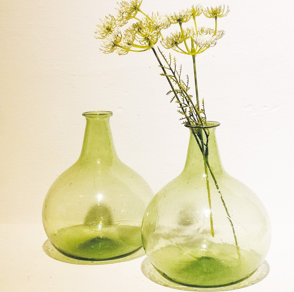 Globe Vase Spring Green  - set of 2