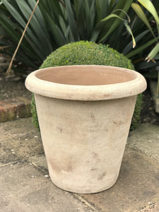 Como Frostproof Terracotta Planter - Large  Back in stock Spring 2021 PREORDER NOW