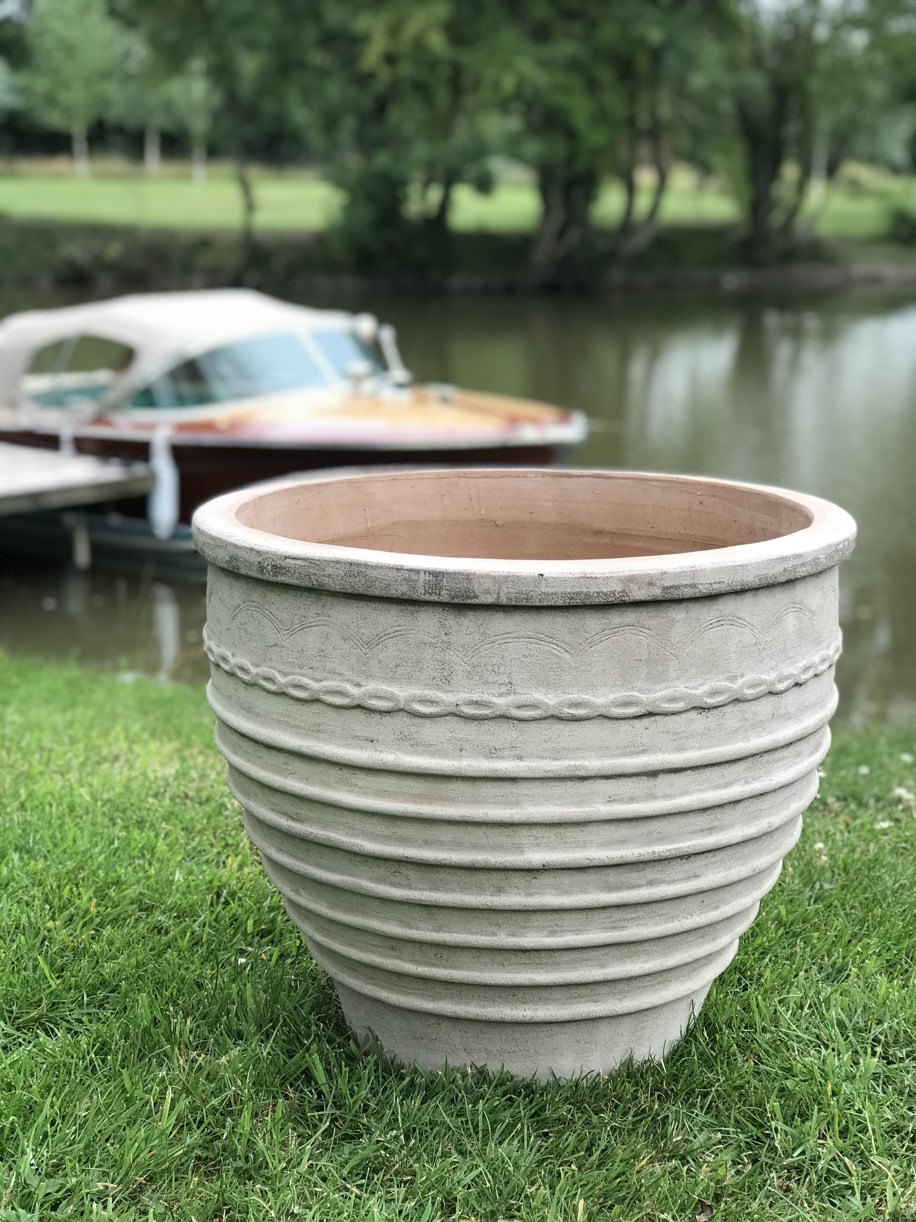 Kefalonia Frostproof Terracotta Planter - Medium