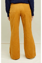 Lade das Bild in den Galerie-Viewer, People Tree - Luna Corduroy Trousers Y303UA