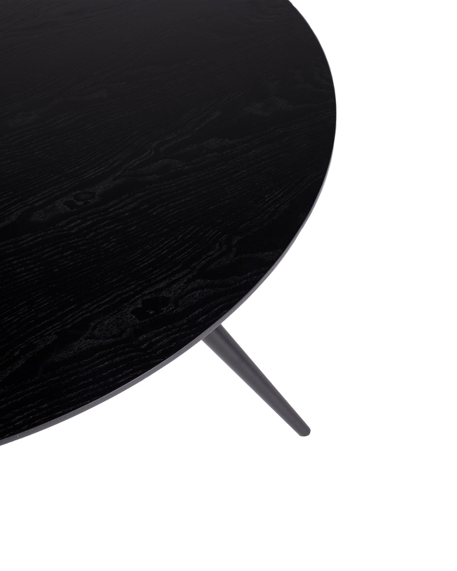 Modern Oval Dining Table | Bunbury-Oval | Surface Close Up | MoblerOnline