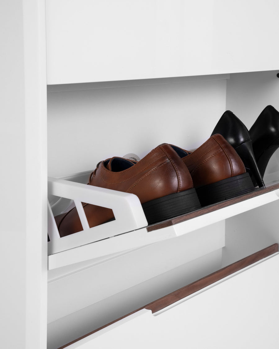 White High Gloss Shoe Cabinet With Glass Top | Scarpa | Detail View | MoblerOnline