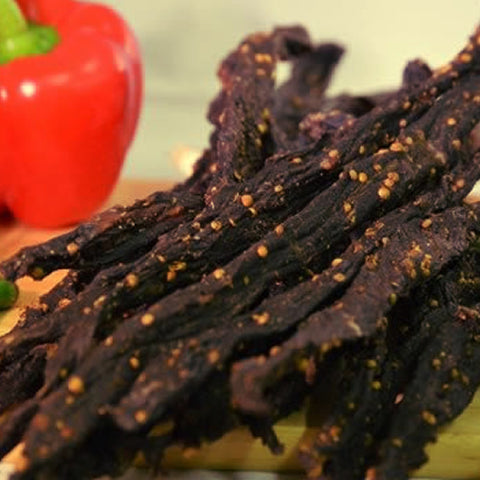Biltong snap stix are a nutritious, anytime, anywhere snack that are packed with protein, low in carbohydrates, and zero added sugar. They also make great snacks while on-the-go.