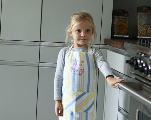 This Kitchen Runs On Hugs Apron