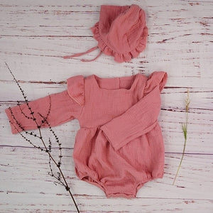 Cotton Newborn Onesie and Bonnet Set (pink)