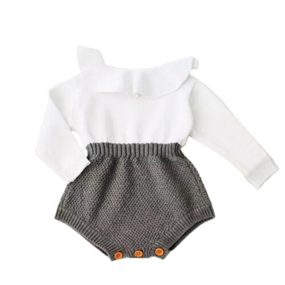 Cute Wool Knitting Clothing Set (white sweater and grey shorts)
