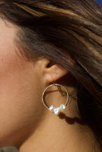 Load image into Gallery viewer, Freshwater Keshi Pearl Hoops